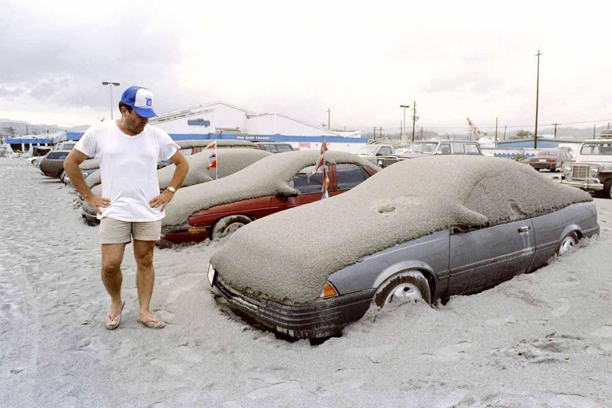 1991 Pinatubo Eruption (Source)